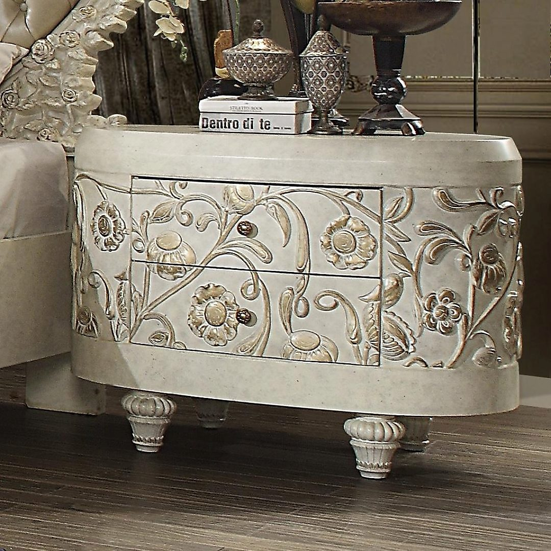 Luxury 4 Drawers Nightstand Set 2Pcs White HD-8030 Homey Design Traditional