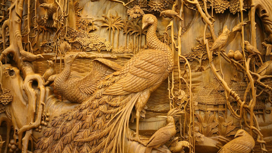 Art of carved wood decor