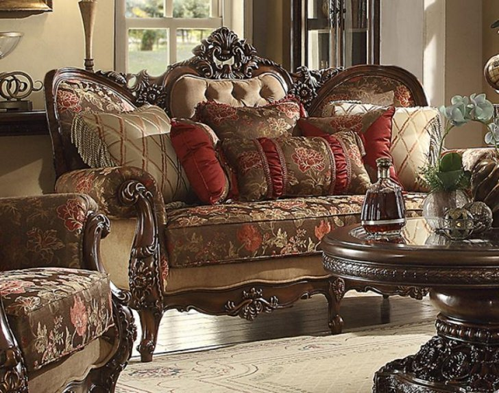 HD-39 Traditional Sofa in Beige Fabric by Homey Design