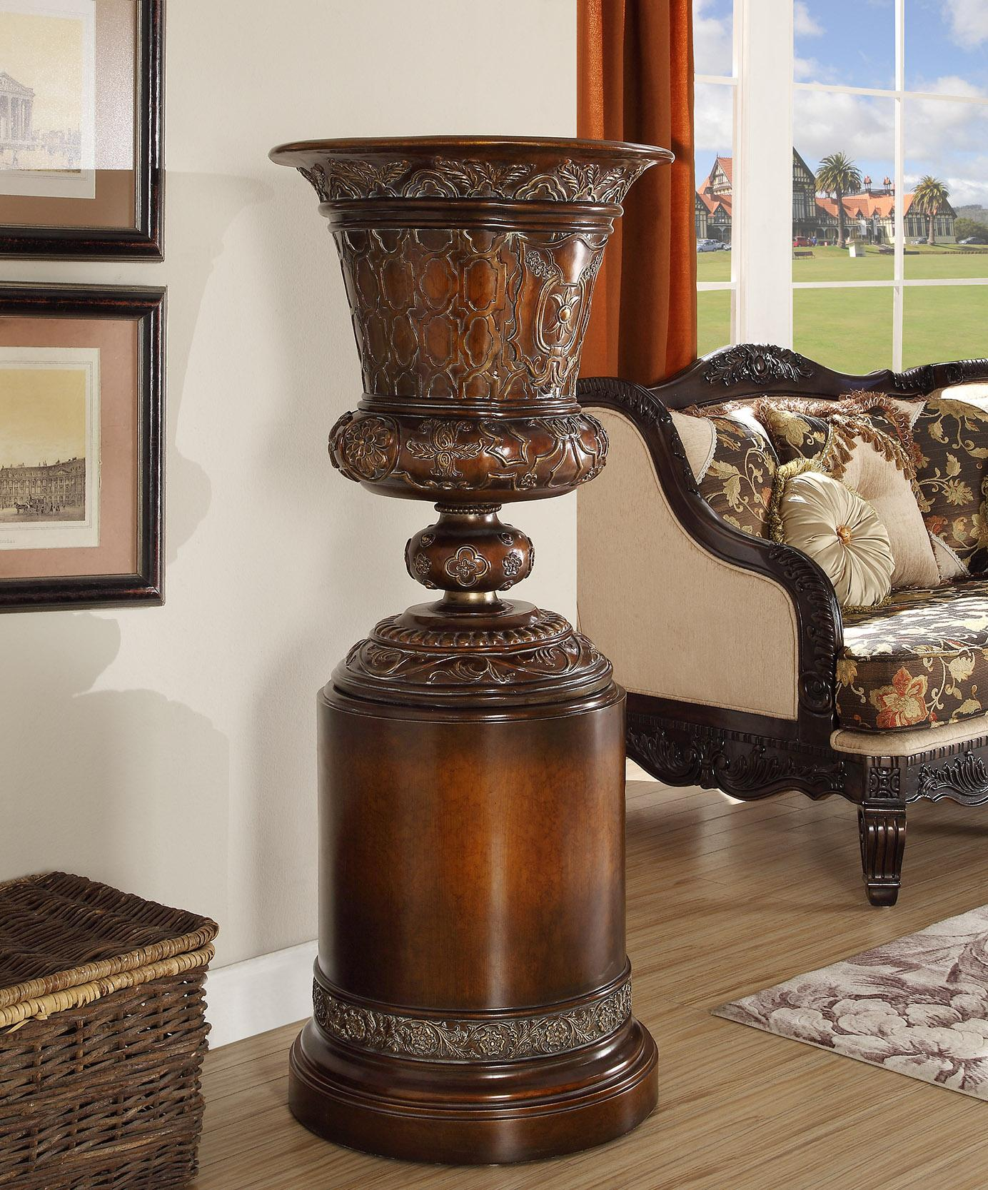 Traditional Luxurious Royal HD-1510 Flower Pedestal by Homey Design