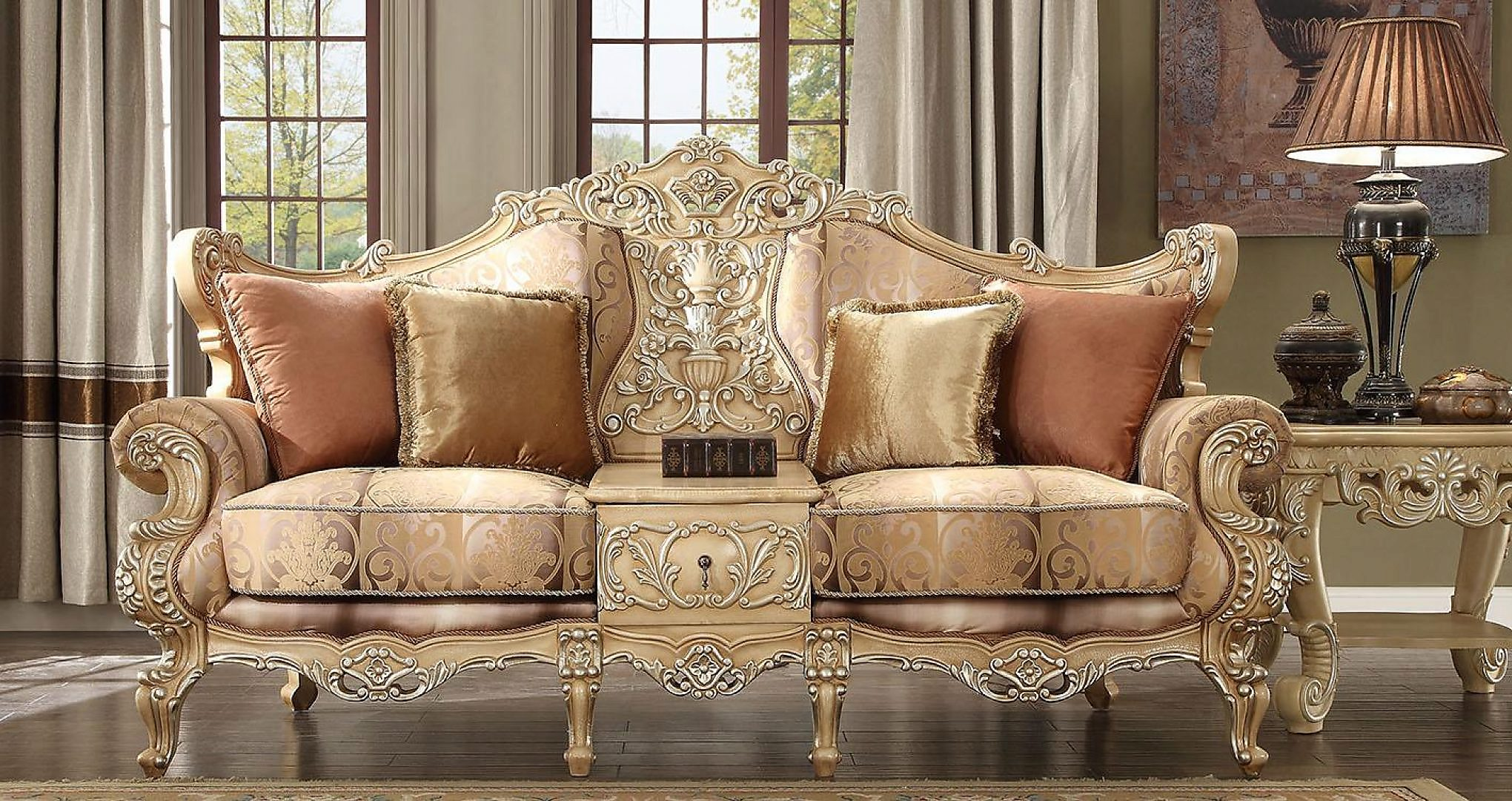 Traditional Victorian Antique HD-1633 Sofa in Gold by Homey Design