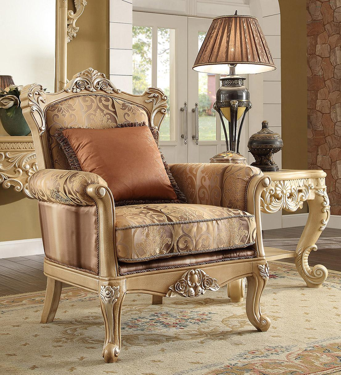 Traditional Victorian Antique HD-1633 Chair in Gold by Homey Design