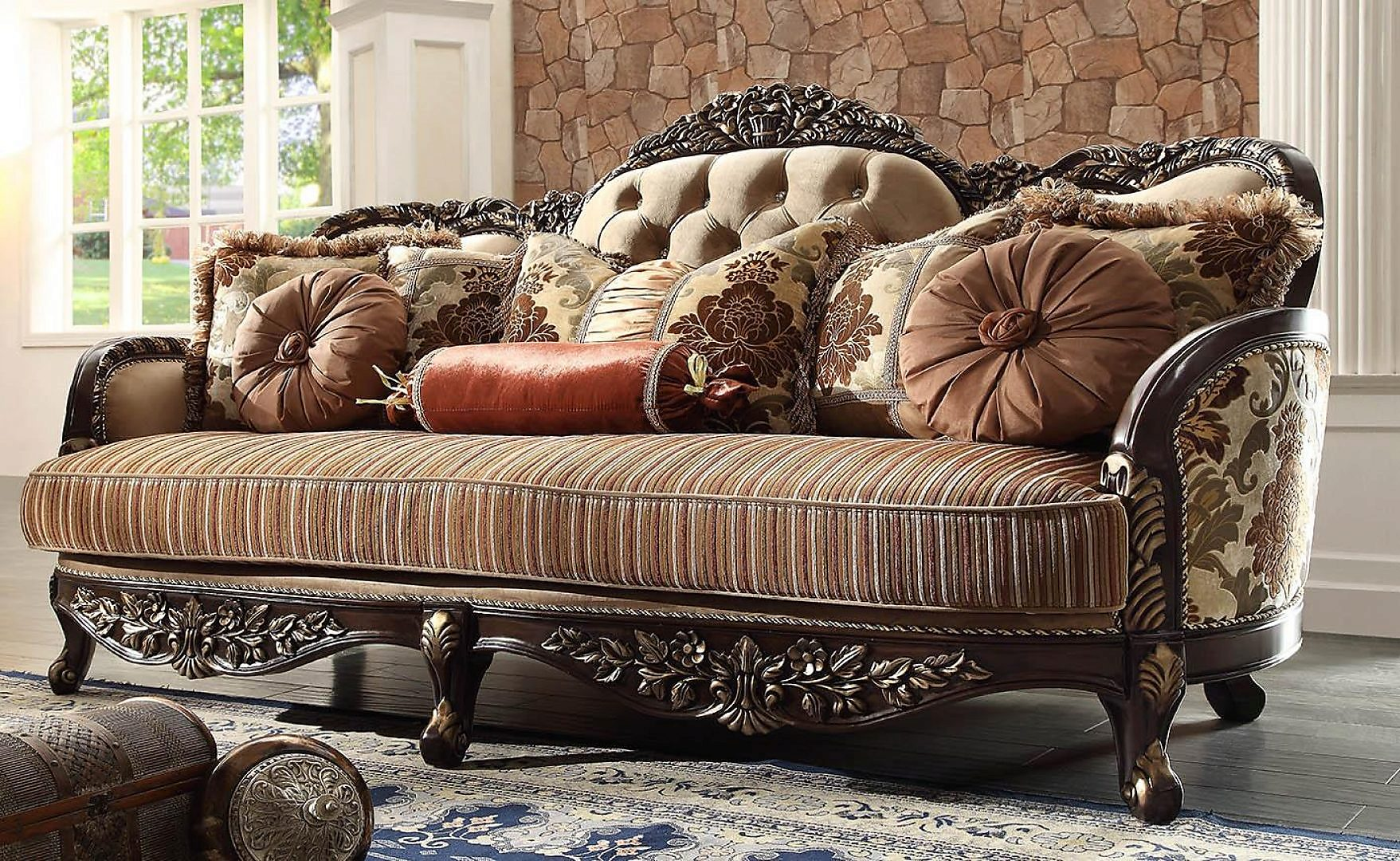Traditional Carved HD-1976 Sofa and Loveseat Set 2Pcs by Homey Design