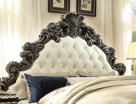 Traditional Classic HD-1208 California King Bed in Brown by Homey Design