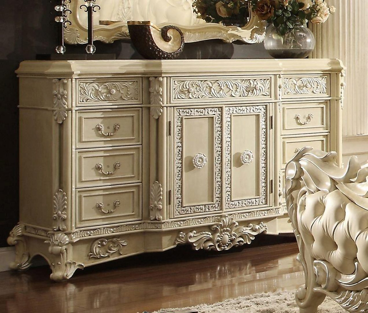 Traditional Luxury Cream HD-5800-D Dresser by Homey Design