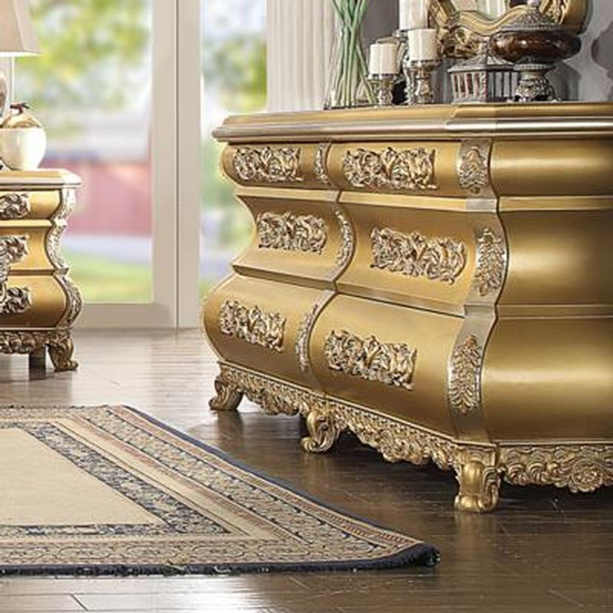 Traditional Royal Antique HD-8016 Dresser in Gold by Homey Design