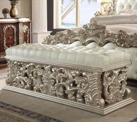 Traditional Royal HD-8017 Silver Bench by Homey Design