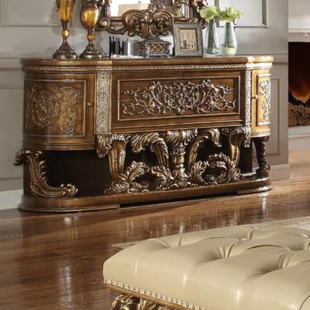 Traditional Classic Gilded HD-8018 Dresser by Homey Design