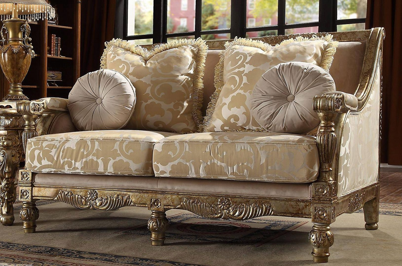 Traditional Antique Hd-205 Loveseat in Gold by Homey Design