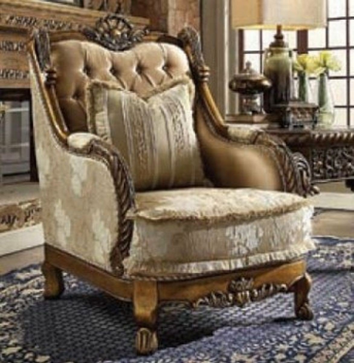 Traditional Victorian HD-1608 Chair in Beige by Homey Design