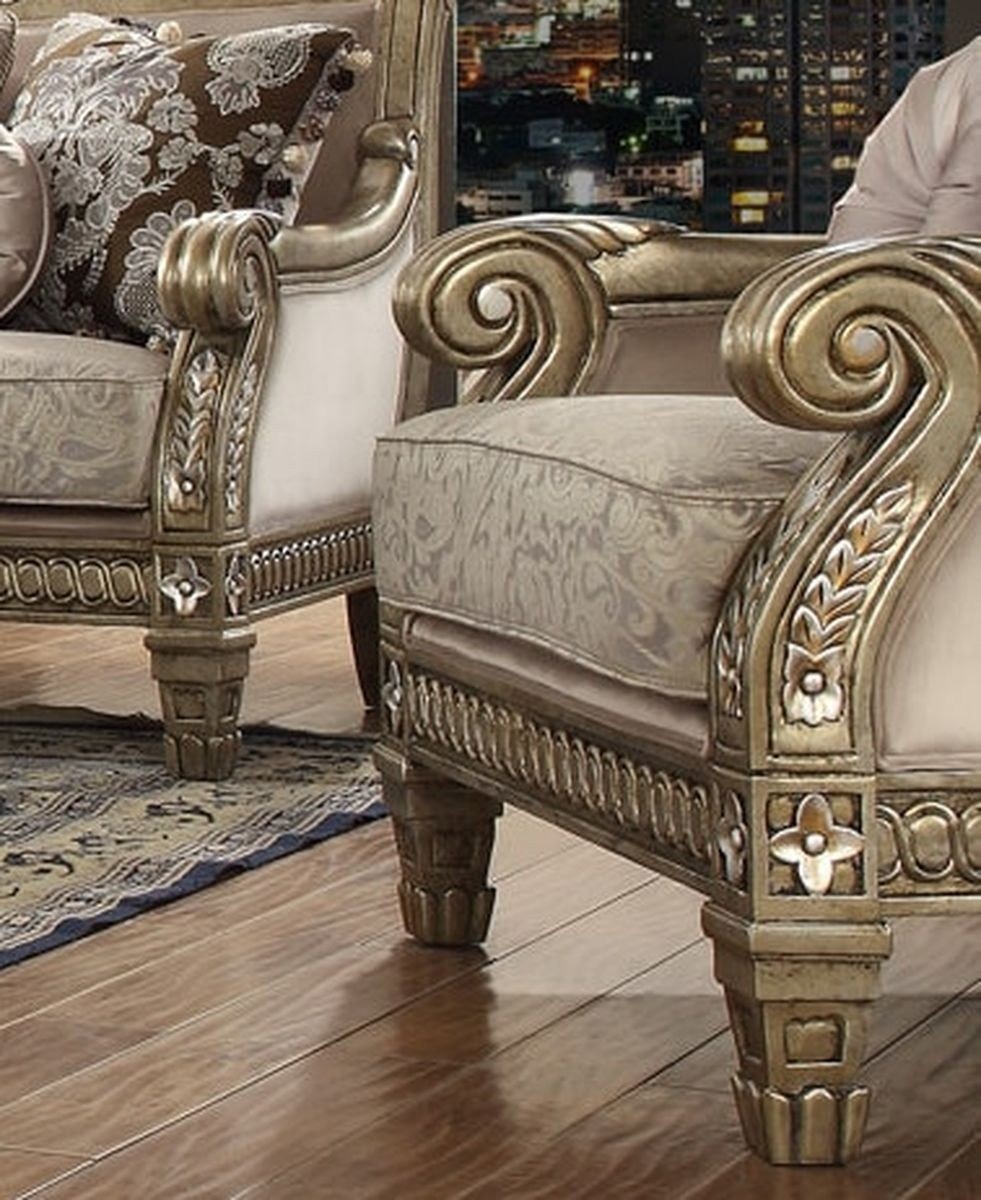 Traditional Luxury Pearl HD-303 Gilded Chair by Homey Design