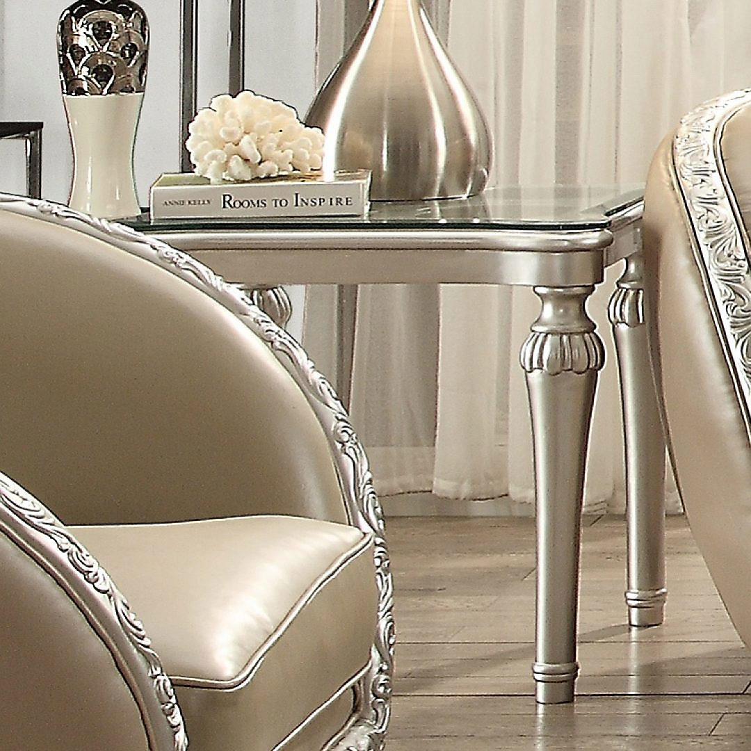 Traditional End Table in White Wood Traditional Style Homey Design HD-13009