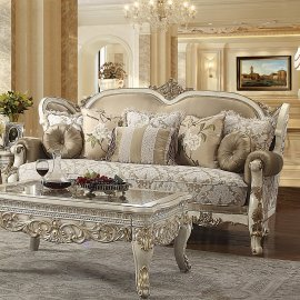 Traditional Sofa in White Fabric Traditional Style Homey Design HD-2652