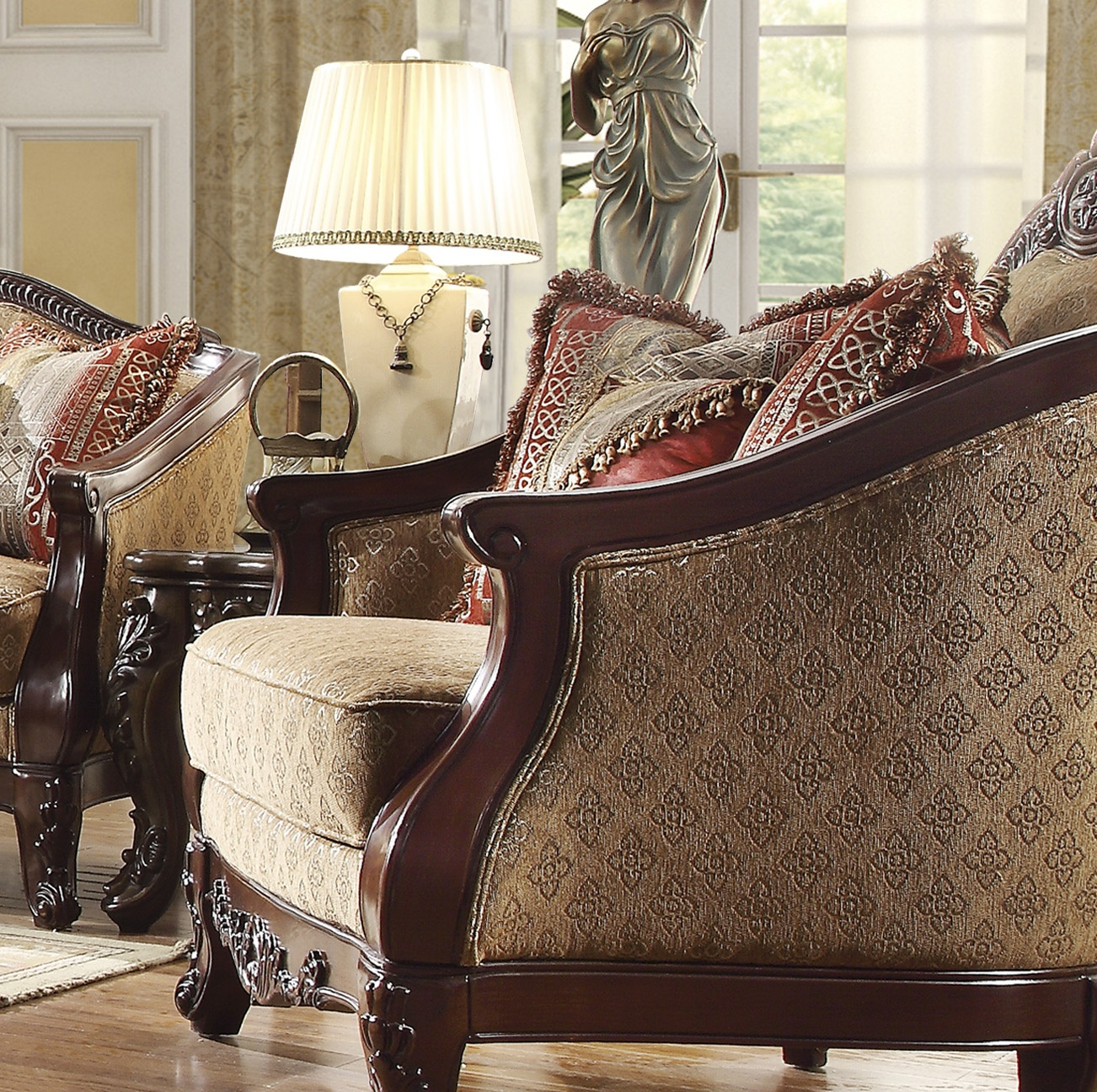 Traditional Chair in Brown Fabric Traditional Style Homey Design HD-2655