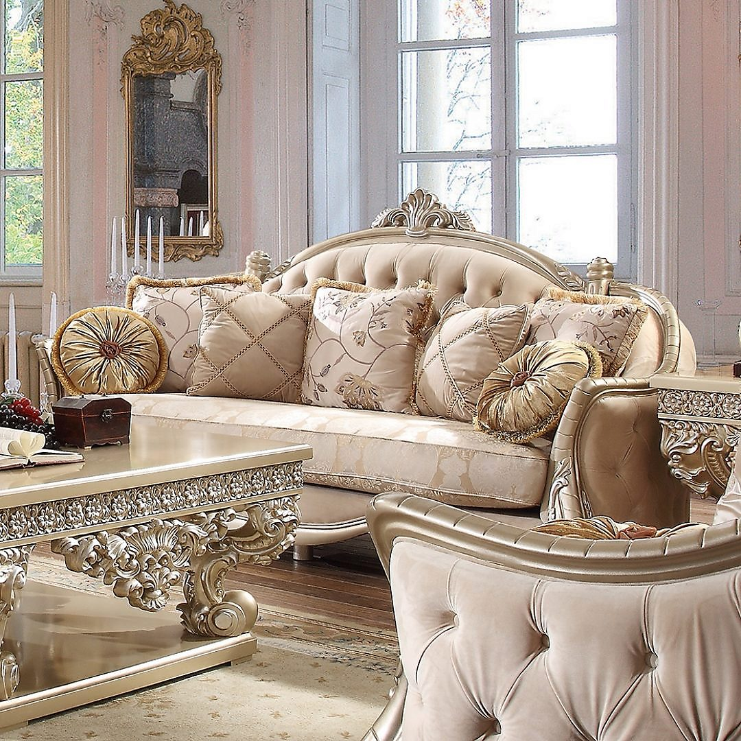 Traditional Sofa in Beige Fabric Traditional Style Homey Design HD-661