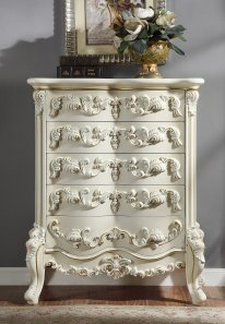 Traditional Chest in White Wood Traditional Style Homey Design HD-8089