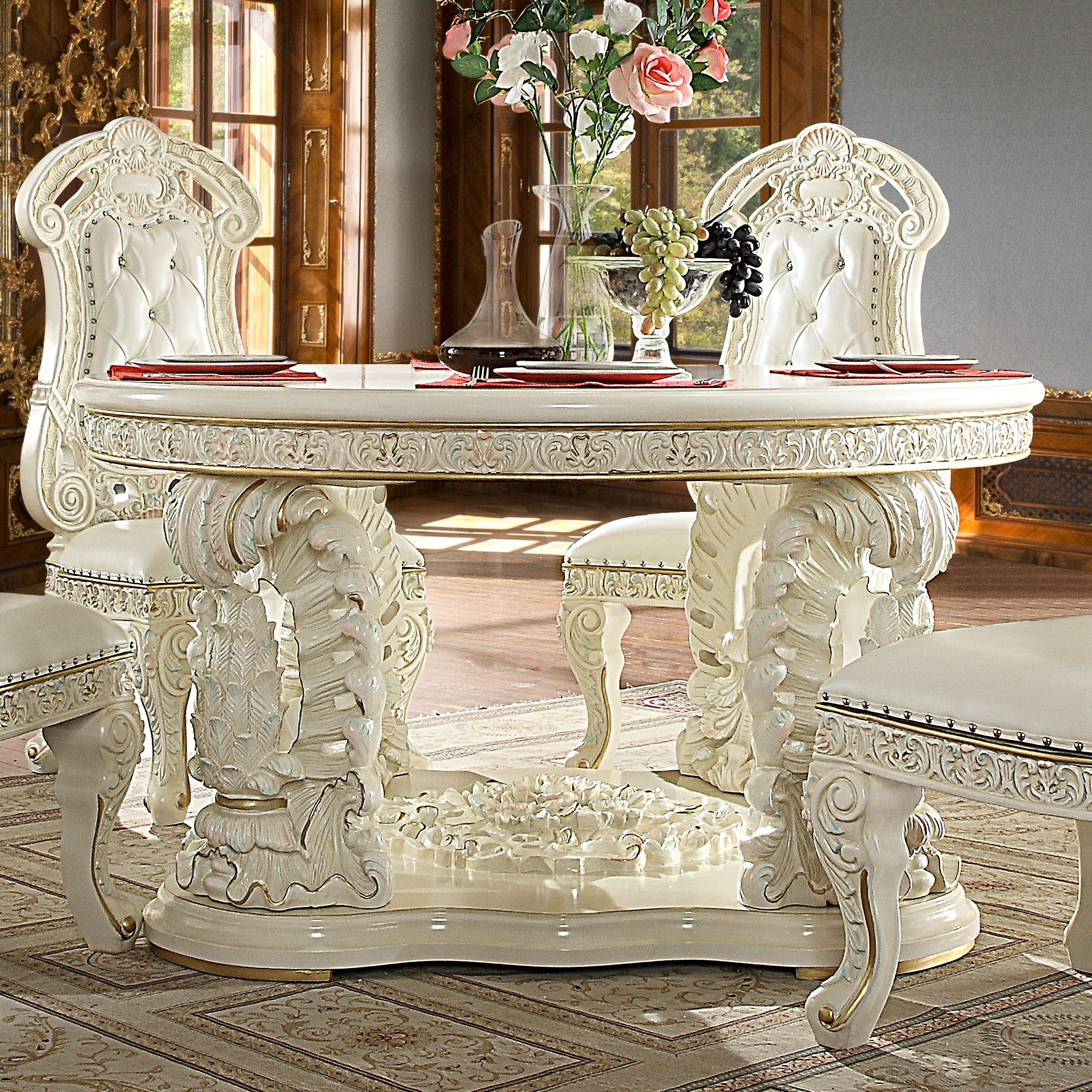 Traditional Round Table in White Wood Traditional Style Homey Design HD-8089