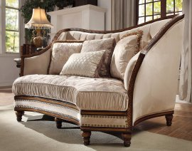 Traditional Loveseat in Beige Fabric Traditional Style Homey Design HD-823