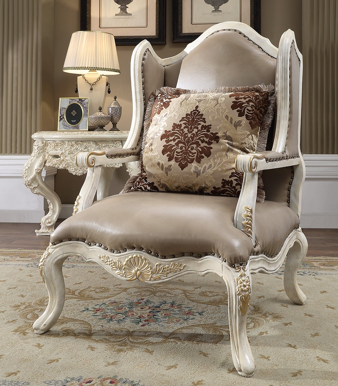 Traditional Chair in Brown Leather Traditional Style Homey Design HD-90