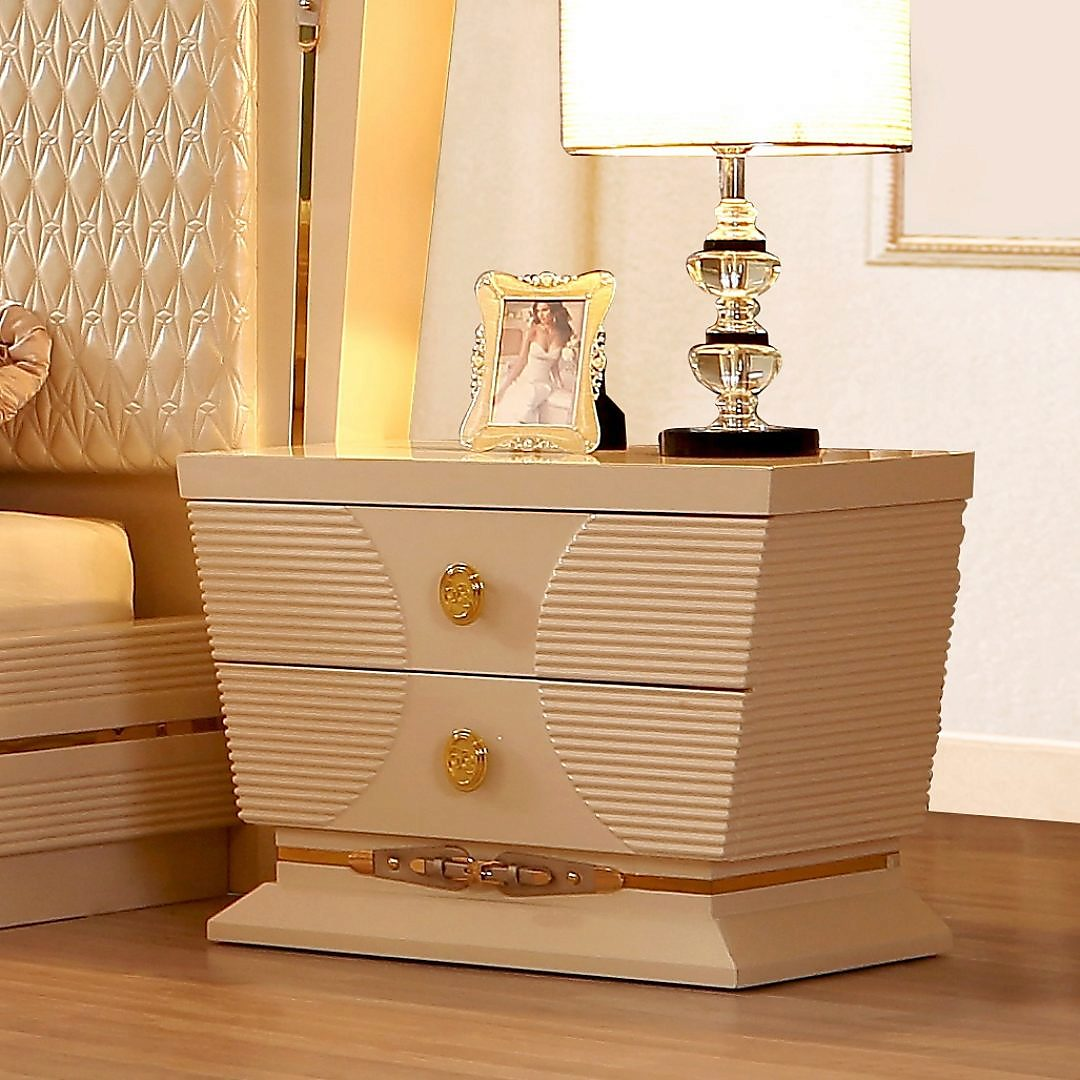 Traditional Nightstand in White Wood Traditional Style Homey Design HD-914