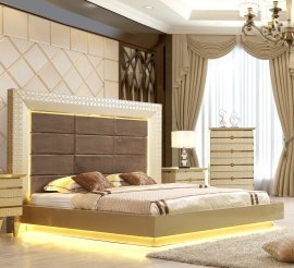 Traditional Eastern King Bed in Gray Leather Traditional Style Homey Design HD-918