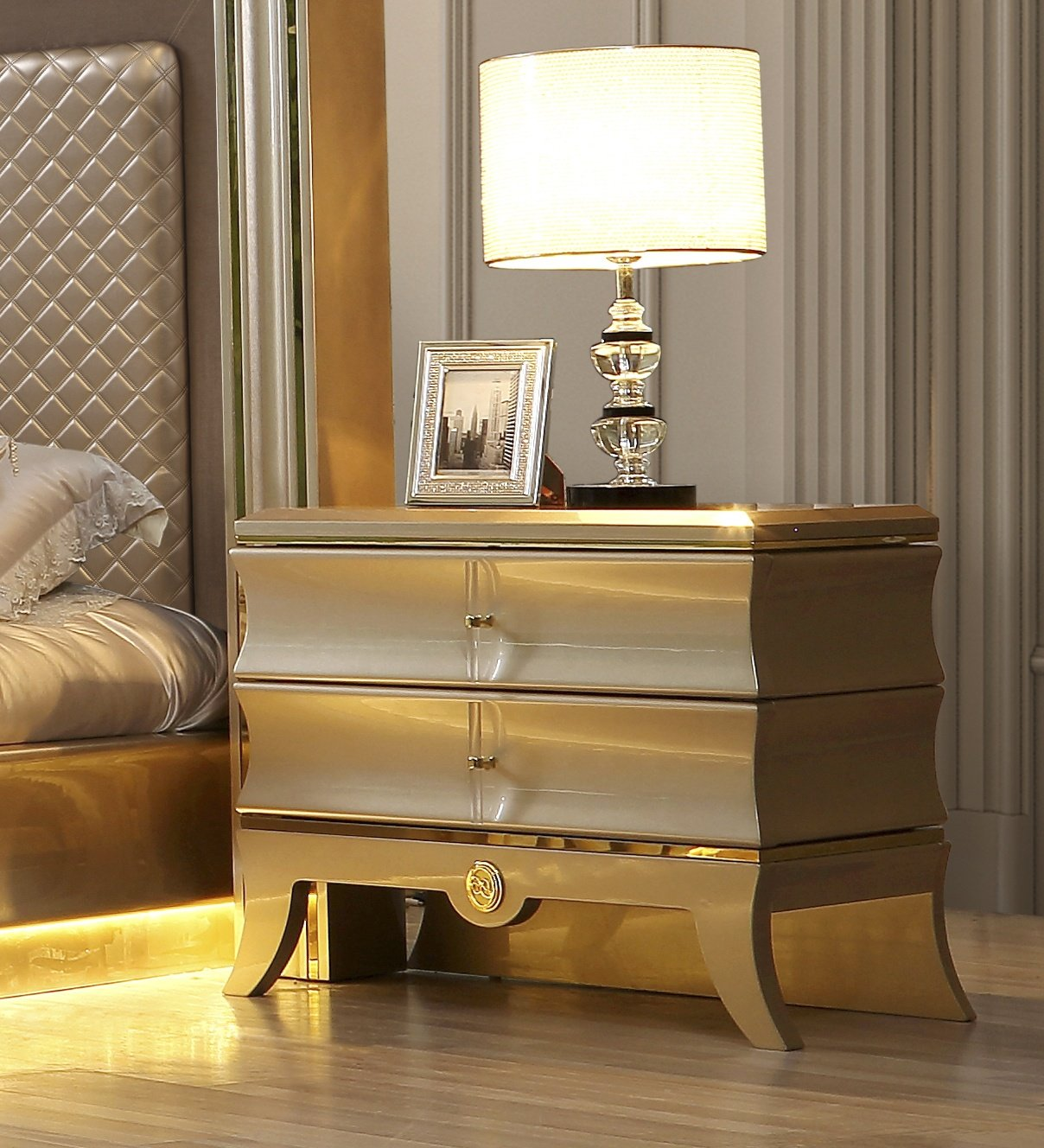 Traditional Nightstand in Gray Wood Traditional Style Homey Design HD-925