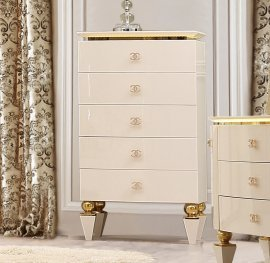 Traditional Chest in White Wood Traditional Style Homey Design HD-9935