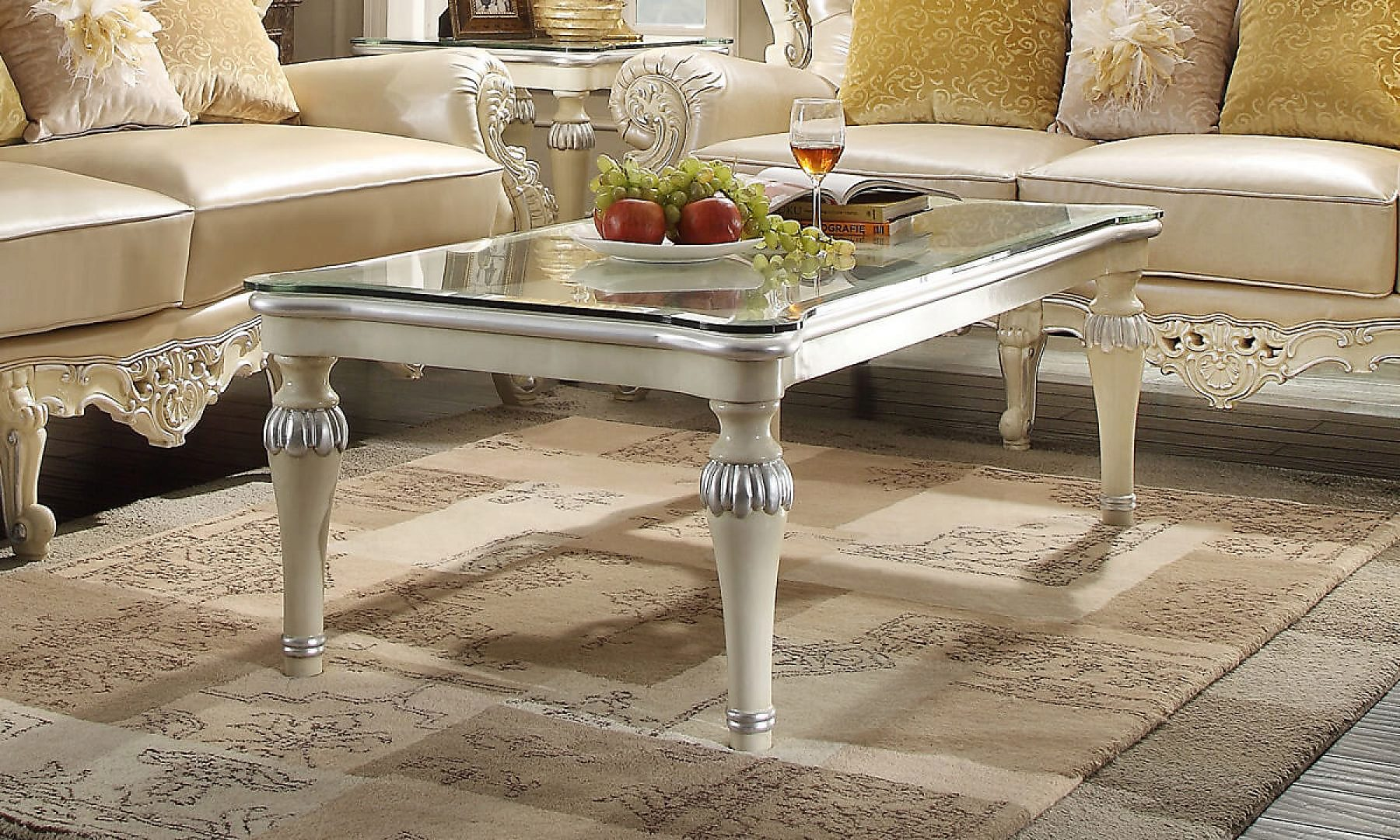 Traditional Coffee Table Set in White Wood Traditional Style Homey Design HD-13009