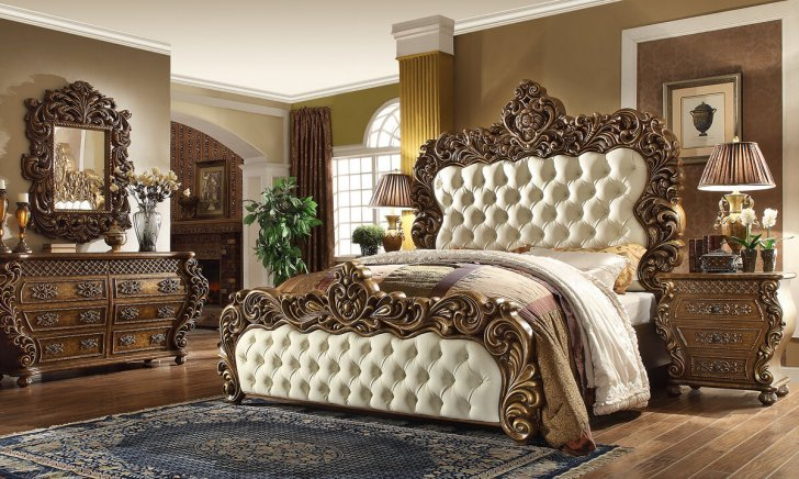Traditional Bedroom Set 5 Pcs In Brown, White Traditional Bedroom Furniture